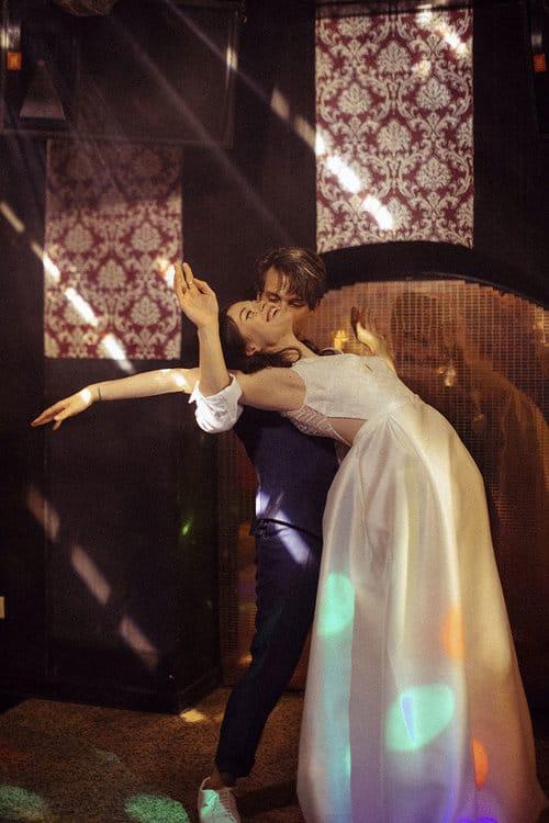Polly - Brautkleid aus Georgette Seide und Organza. Der Clou: das Kleid hat Taschen!