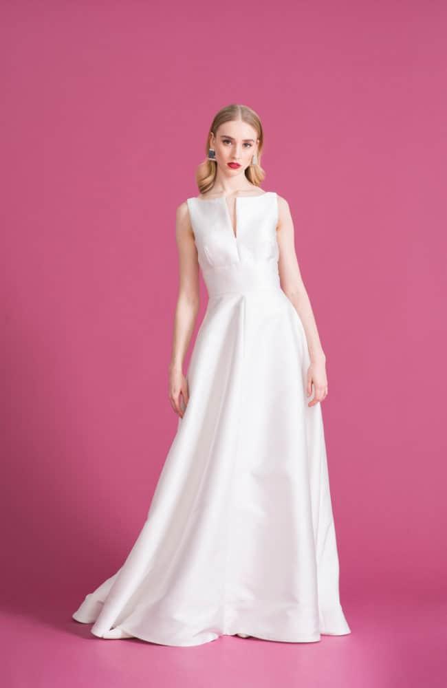 Bella - Brautkleid aus schwerer Seide mit ausgestelltem Rock